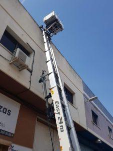 Elevador sobre remolque PAUS Easy 24m