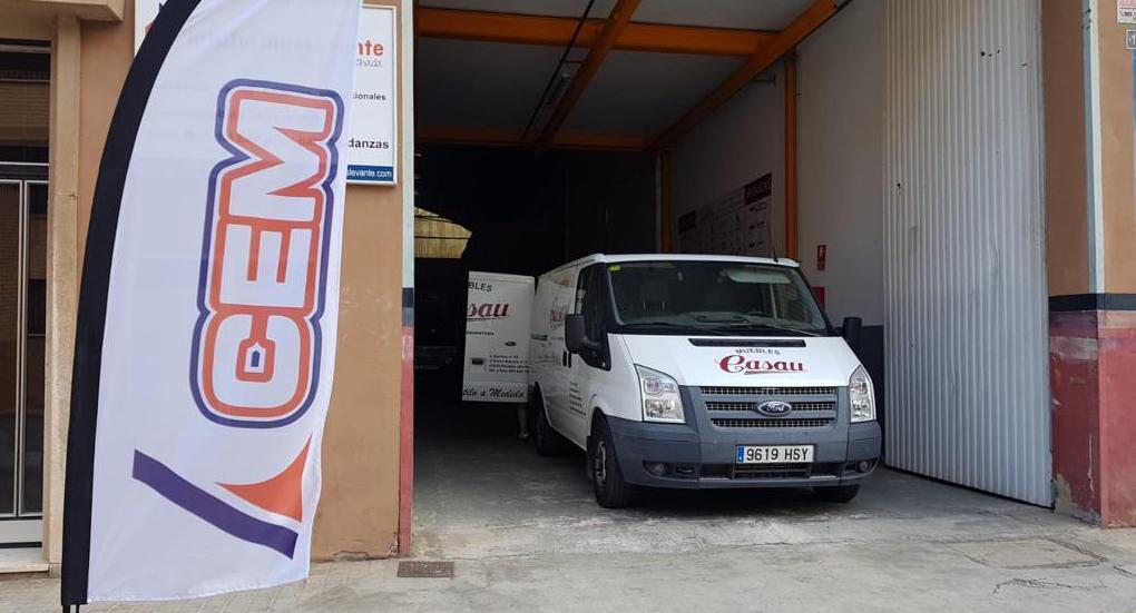 CEM entrega el primer elevador desmontable de GEDA en Sevilla, España