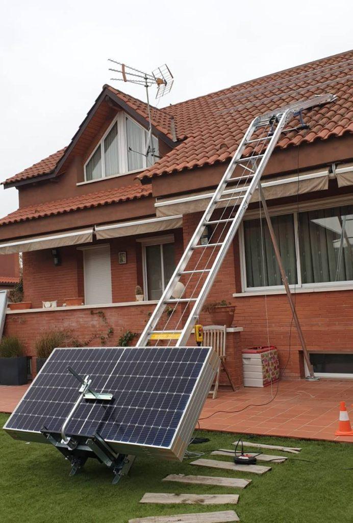 CEM Elevadores entrega un elevador GEDA SolarLift en Hospitalet de Llobregat a Jenfab Telecomunicación