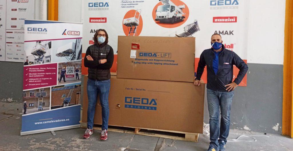 CEM Elevadores entrega un elevador GEDA SolarLift en Valencia a VRP Electric