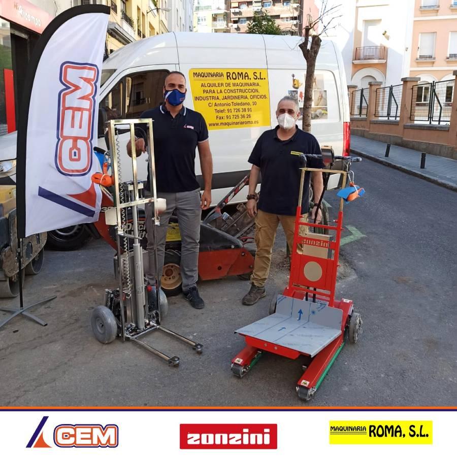 CEM Elevadores entrega tres elevadores a la empresa Maquinaria Roma en Madrid